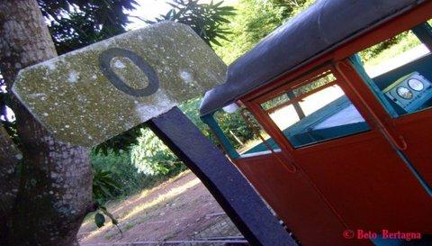 Túnel do Tempo : km 0 da EFMM, 2010 - Por Beto Bertagna