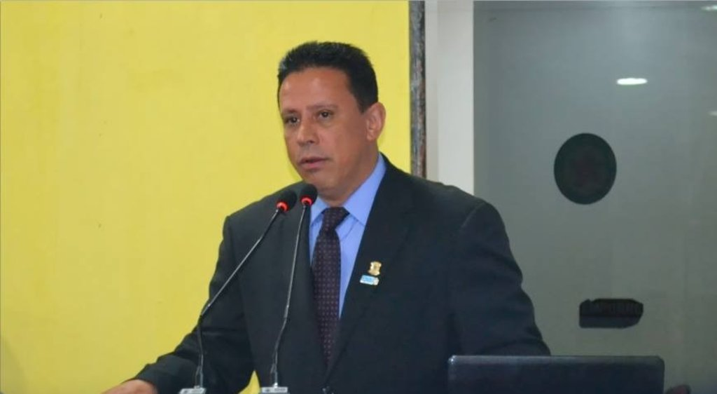 Edesio Fernandes lança pré-candidatura a senado em campanha Filia 10 - Gente de Opinião