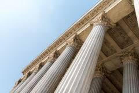 O Poder Judiciário faz falta?