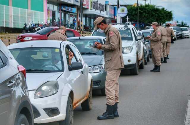 Governo de Rondônia realiza testagem em massa para Covid-19 no formato drive-thru em Ji-Paraná