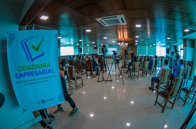 """Programa """"Cidadania Empresarial"""" é lançado pelo Governo para estimular pequenas empresas a saírem da informalidade"""