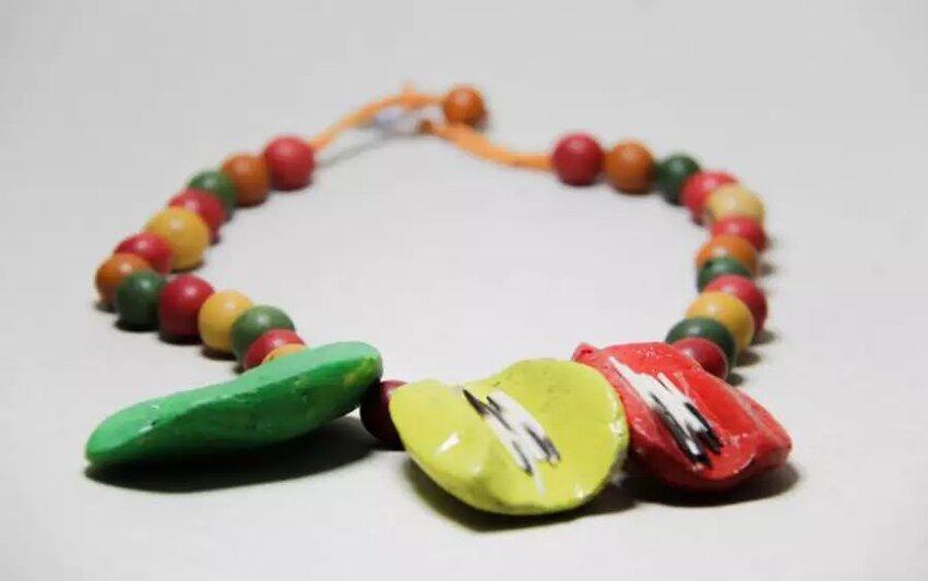 """Lenha Fogueira com a Exposição """"Arte Eco-Joias: Mulheres Amazônicas"""" e o Sesc Amazônia das Artes"""