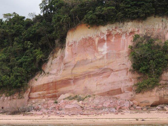 Rio Tapajós (margem esquerda)