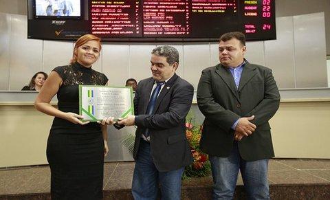 Assembleia Legislativa presta homenagem a Sérgio Mello