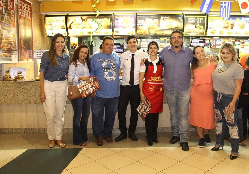 McDonald's apresenta os Sanduíches Campeões aos jornalistas de Porto Velho - Gente de Opinião