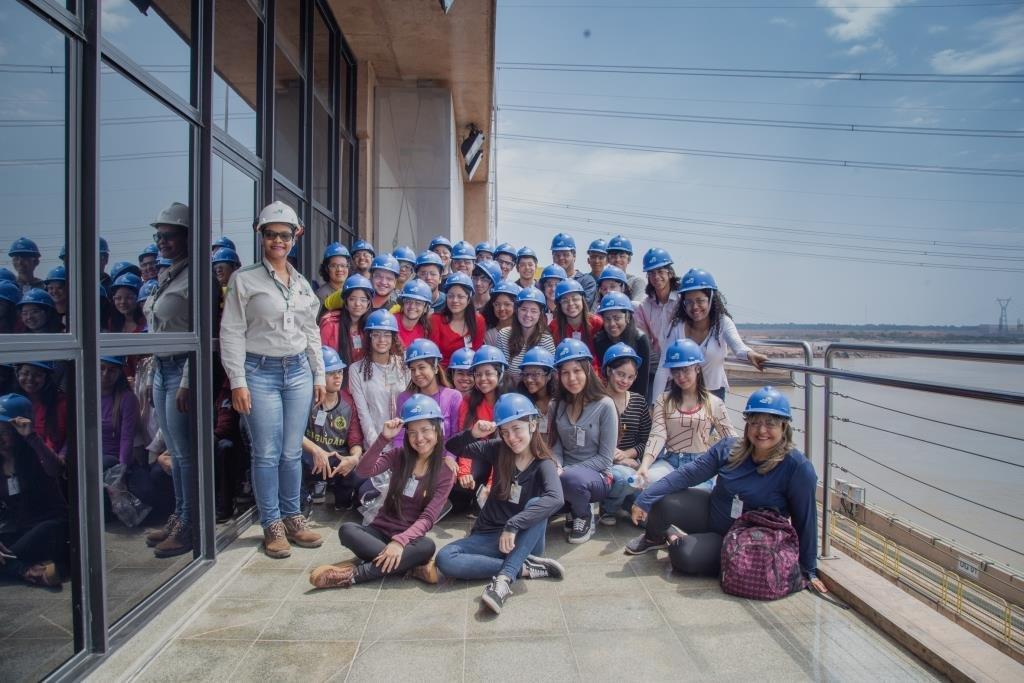 Estudantes visitam a Usina Hidrelétrica Jirau - Gente de Opinião