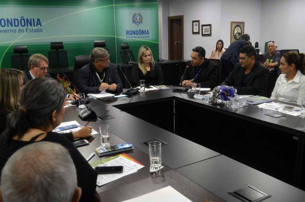 O coordenador executivo do Profaz, Marc Uiliam Reis, auditor de controle externo do TCE, falou sobre o programa na reunião - Gente de Opinião
