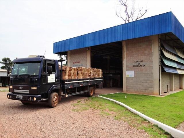 Meio Ambiente - Hidrelétrica Santo Antônio doa dez toneladas de resíduos recicláveis para cooperativa - Gente de Opinião