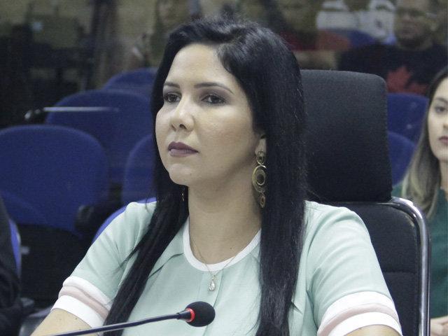 Cristiane Lopes solicita regularização de energia no Bairro Porto Cristo em Porto Velho - Gente de Opinião