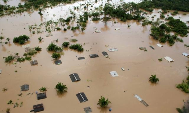 Enchente em 2014 no Rio Madeira - Gente de Opinião
