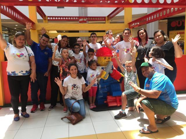 Crianças e pais do CMMAA - Gente de Opinião