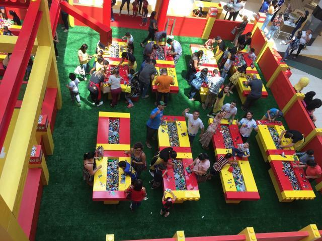 Crianças autistas interagindo no evento - Gente de Opinião