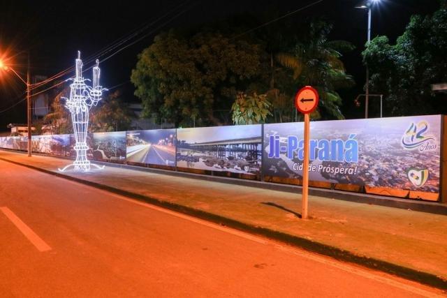 Painel comemorativo divulga fotografias de Ji-Paraná Próspera - Gente de Opinião