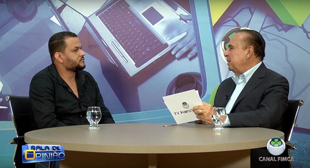 Dr. Aparício Carvalho conversa com Rogelio de Barros, Professor do curso de Farmácia da FIMCA - Gente de Opinião