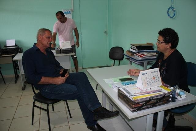 Deputado Adelino Follador fiscaliza obras em escola no Garimpo Bom Futuro - Gente de Opinião