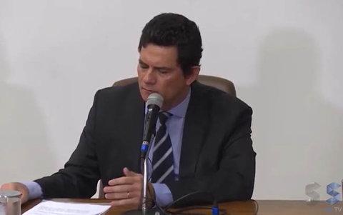 Demissão de Sérgio Moro afeta ainda mais a crise no Palácio do Planalto