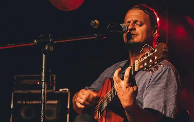 Lenha na Fogueira + Conexão Rondônia apresenta nesta sexta feira  a artista Rita Queiroz e o músico Marcos Biesek - Gente de Opinião