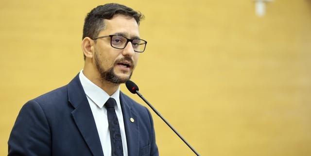 Deputado Anderson Pereira apresenta projeto para acrescentar tempo de aposentadoria dos servidores da saúde e segurança pública  - Gente de Opinião