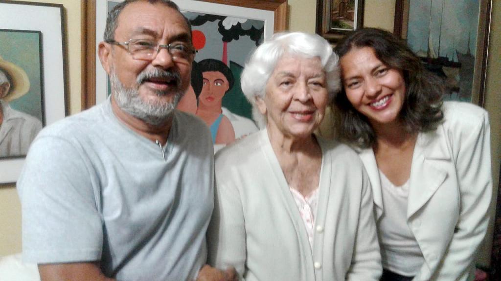 Adeus Comadre Aida Teixeira  - Gente de Opinião