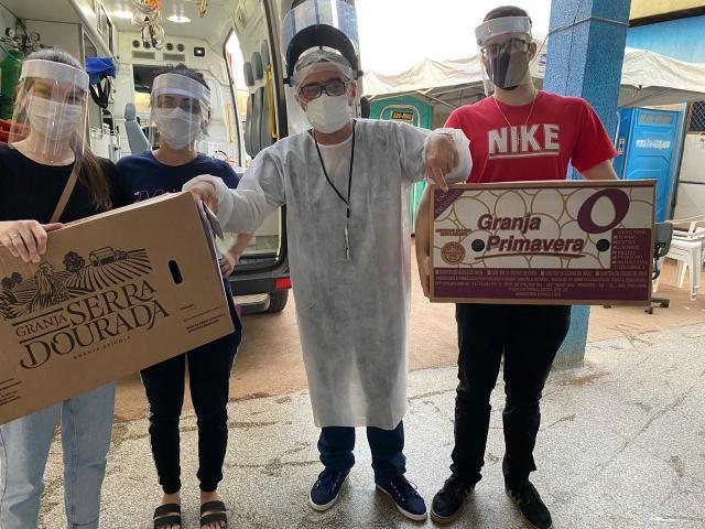 Acadêmicos de Medicina Fabricam e entregam protetores faciais na UPA da Capital - Gente de Opinião