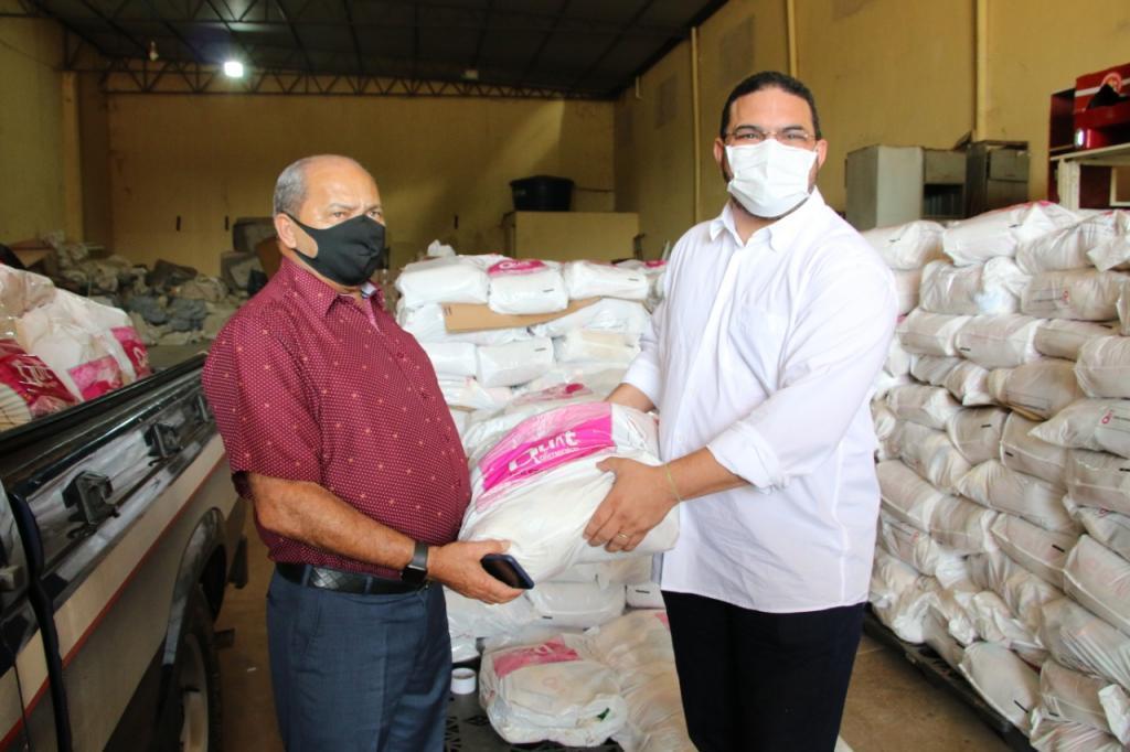 UNOPS, MPT, Justiça do Trabalho e Corpo de Bombeiros entregam duas mil cestas básicas para famílias de Rondônia - Gente de Opinião