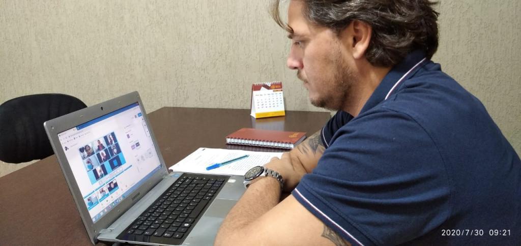 Vereador Waldemar Neto é procurado por profissionais da saúde que buscam melhorias para trabalhos da categoria. - Gente de Opinião