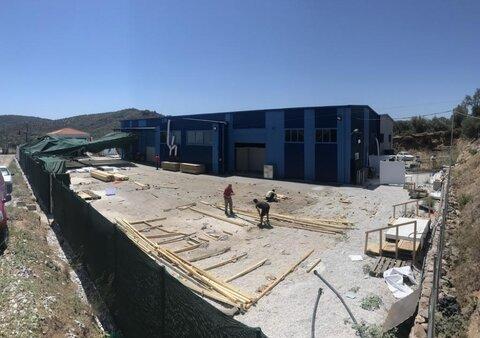 Autoridades na Grécia fecham único centro de COVID-19 para refugiados
