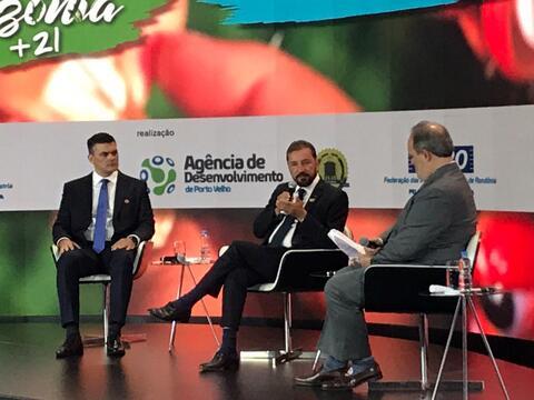 Prefeito Hildon Chaves participa da abertura do Fórum Mundial Amazônia +21 em Brasília