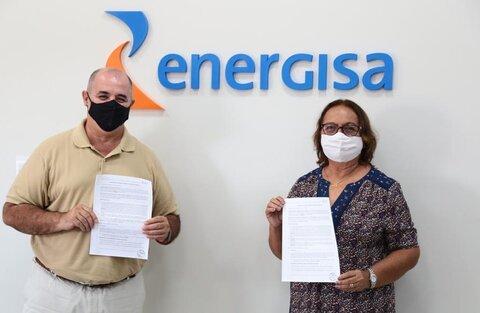 Energisa leva energia solar para APAE e Casa Irmã Rosa Gambelli