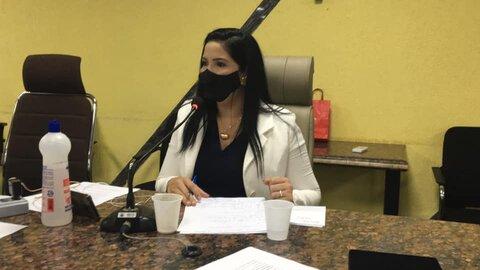 Vereadora Cristiane Lopes presta contas de atividades em meio à pandemia
