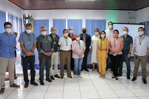 Cremero leva homenagens aos Heróis da Medicina de Guajará Mirim e região