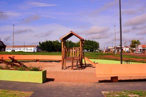 Inaugurada Praça em Rolim de Moura