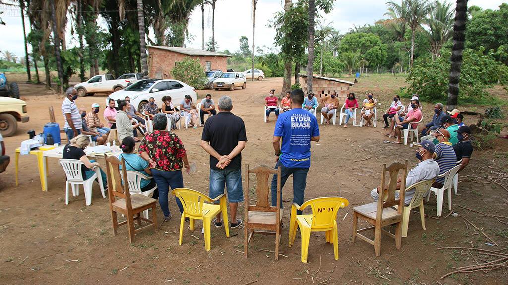 Deputado Sargento Eyder Brasil se reúne com moradores da bacia leiteira - Gente de Opinião