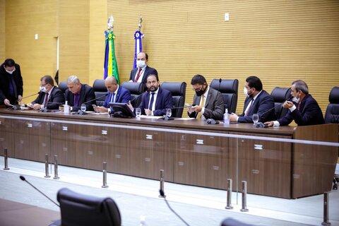 Deputados votam a LDO para 2021, com quatro emendas