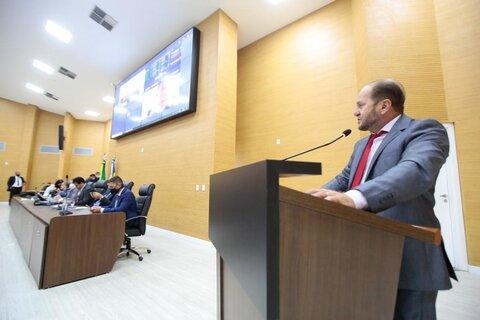Cirone Deiró cobra agilidade do DER para adequações em aeroportos do interior