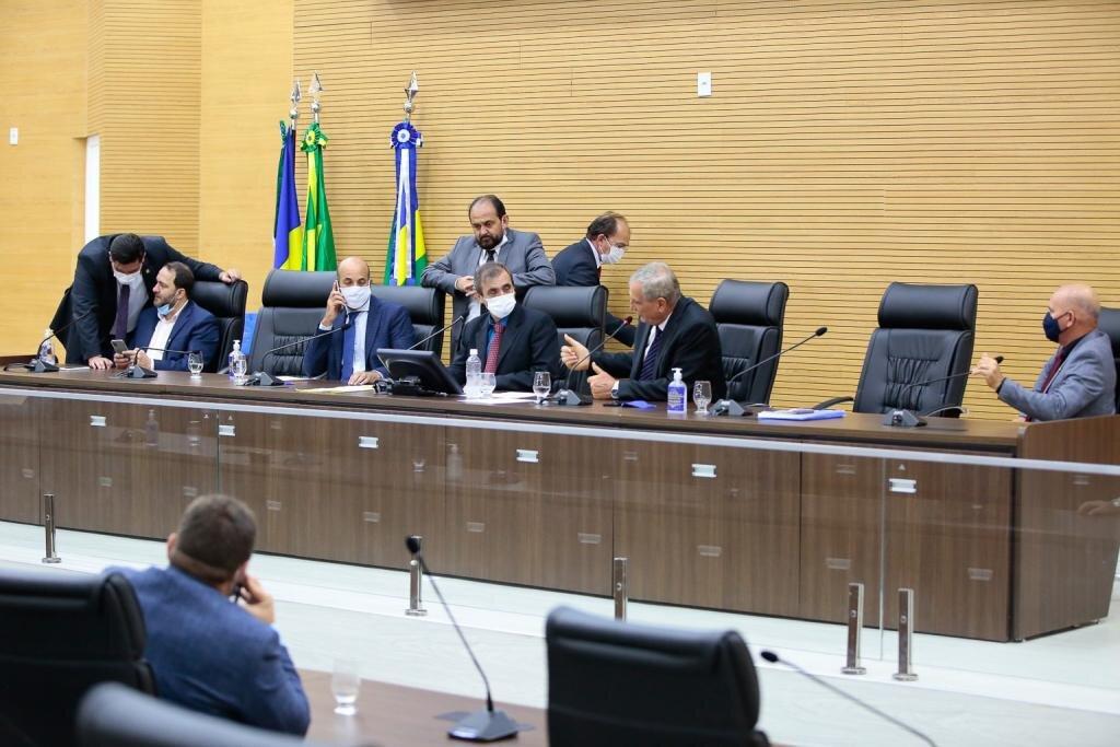 Em sessão extraordinária, deputados aprovam R$ 45 milhões em recursos para o Fitha em Rondônia - Gente de Opinião