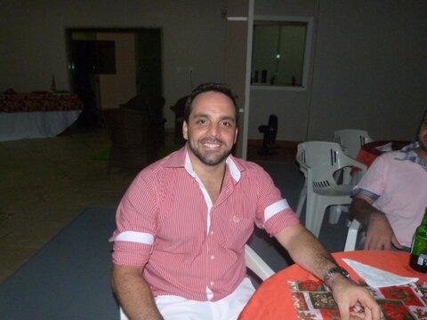 Jornalista Marcelo Bennesby morre aos 51 anos após ter doenças agravadas pela Covid-19