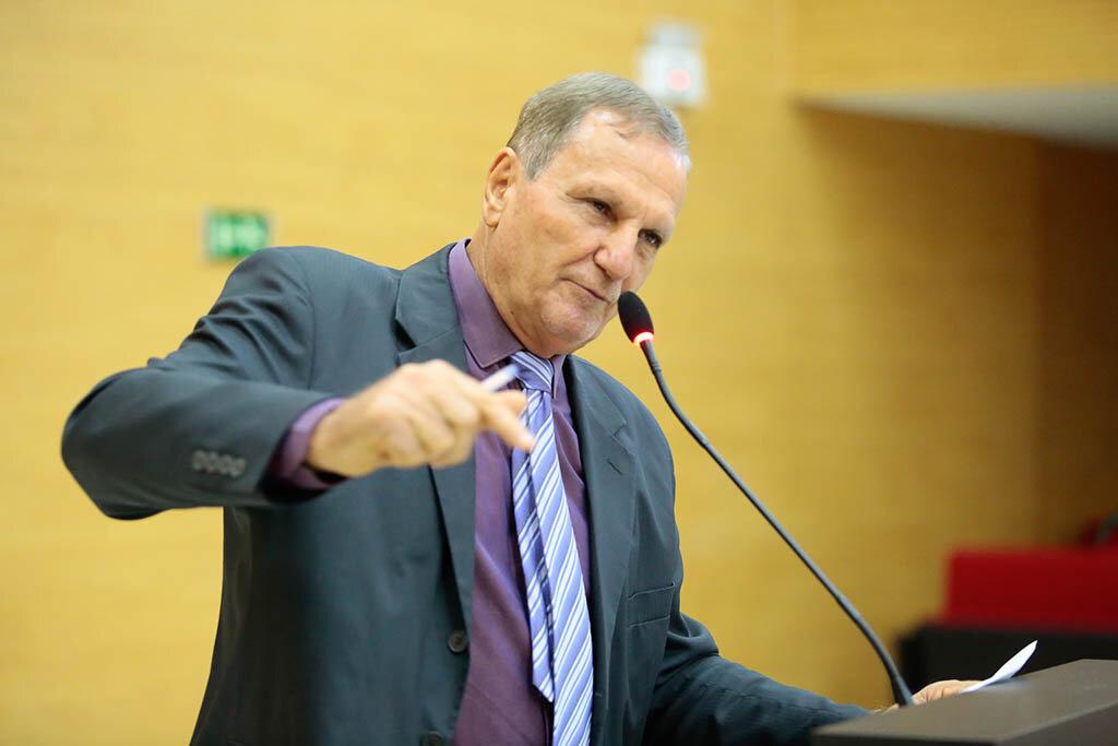 Deputado Adelino Follador denuncia abuso no transporte do interior à capital - Gente de Opinião