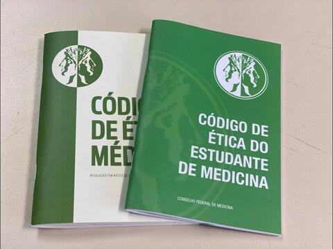 Cremero pede abordagem efetiva do Código de Ética para Estudantes de Medicina