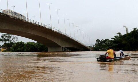 Gladson Cameli decreta estado de calamidade pública em 10 municípios do Acre