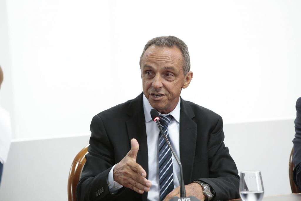 Lazinho da Fetagro propõe isenção de imposto para redução no preço do gás de cozinha - Gente de Opinião