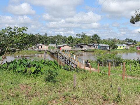 A Terceira Margem – Parte CLXIV - Foz do Breu, AC/ Manaus, AM ‒ Parte XL   Cruzeiro do Sul, AC – Ipixuna, AM