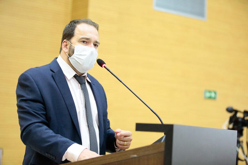 Presidente Alex Redano destaca sessão histórica que aprova criação de fundo para a compra de vacinas - Gente de Opinião