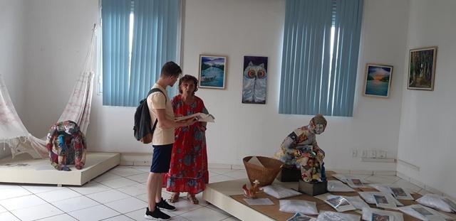 Rita Queiroz apresenta  Mostras de Arte - Gente de Opinião