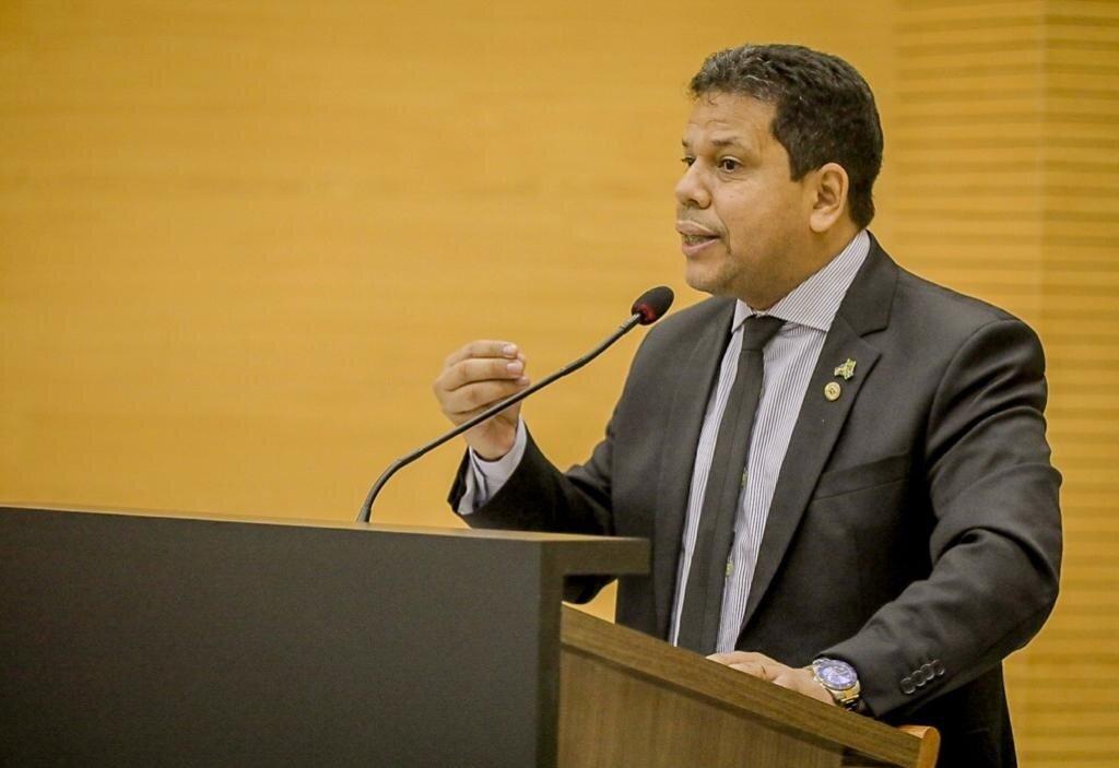 Deputado Jair Montes defende produtores de leite e pede que Governo tome medidas urgente para proteger a cadeia produtiva - Gente de Opinião