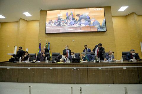 Assembleia aprova Projeto que altera limites de reserva extrativista e cria parques de desenvolvimento sustentável