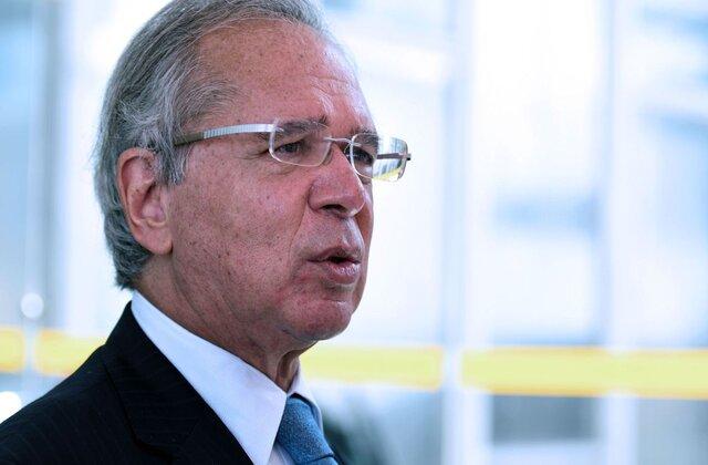 Ministro Guedes anuncia novo programa para trabalhadores informais