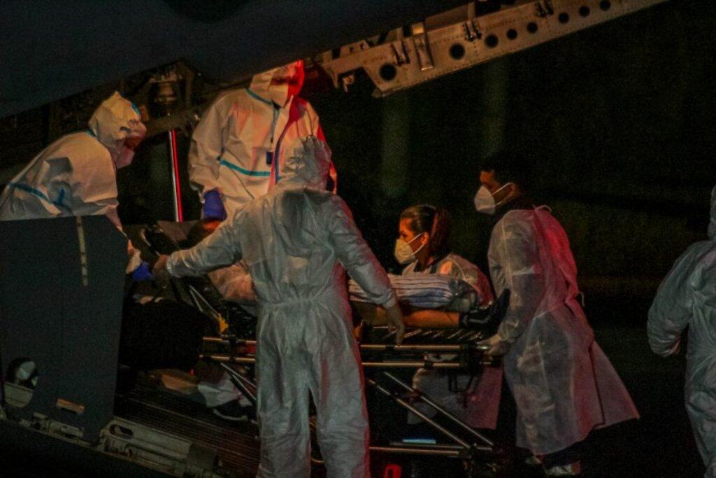 Pacientes com quadros considerados leves e moderados sendo deslocados por meio das aeronaves da Força Aérea Brasileira (FAB) - Gente de Opinião