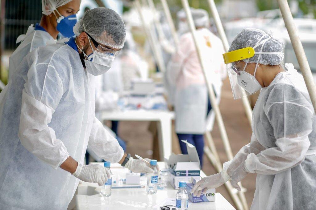 Profissionais da saúde encontram na missão de evitar novos óbitos forças para superar desafios do trabalho em meio a pandemia - Gente de Opinião