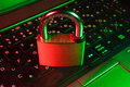 Conheça os principais riscos na segurança online e saiba como se prevenir